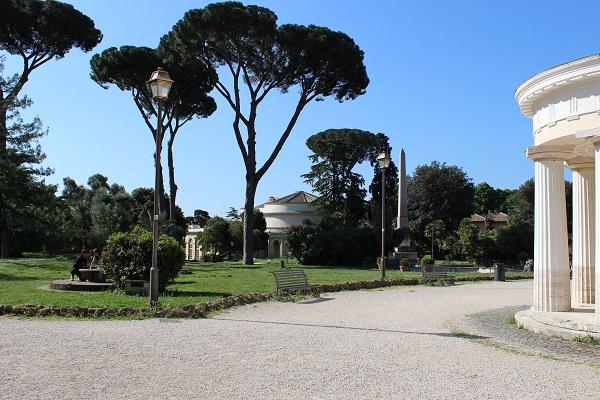 1. Villa Torlonia, het mooiste park van Rome