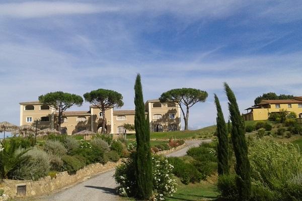 Agriresidence-Vista-Mare-Toscane (1)