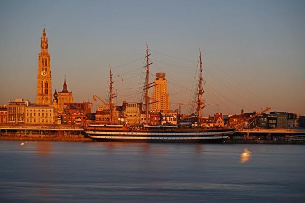 Amerigo-Vespucci-marine-schip-Antwerpen-Italie (1)