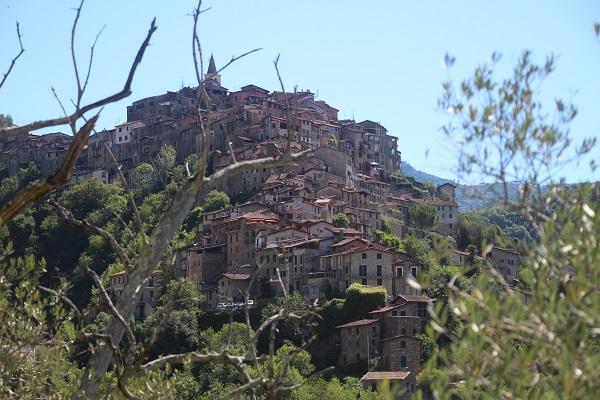 Apricale-Ligurie (3)