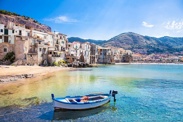 Cefalu-Sicilie (5)