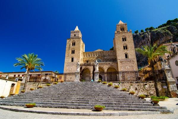 Cefalu-Sicilie-kathedraal-1