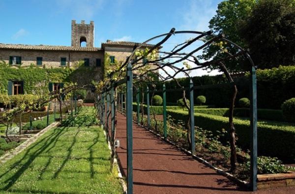Chianti-wijn-proeven-Badia-Coltibuono