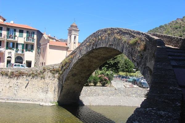 Dolceacqua-Ligurie (2)