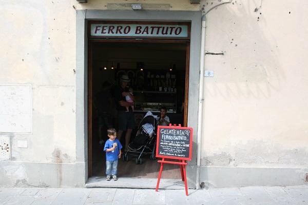 Fiesole-Gelateria-Ferro-Battuto (1)