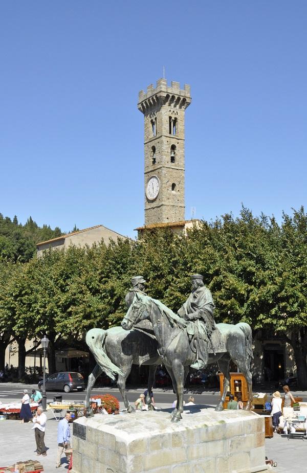 Fiesole-paarden-Garibaldi-Vittorio-Emanuele-Piazza-Mino