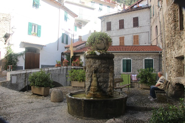 Pigna-Liguria-Holiday-Homes (15)