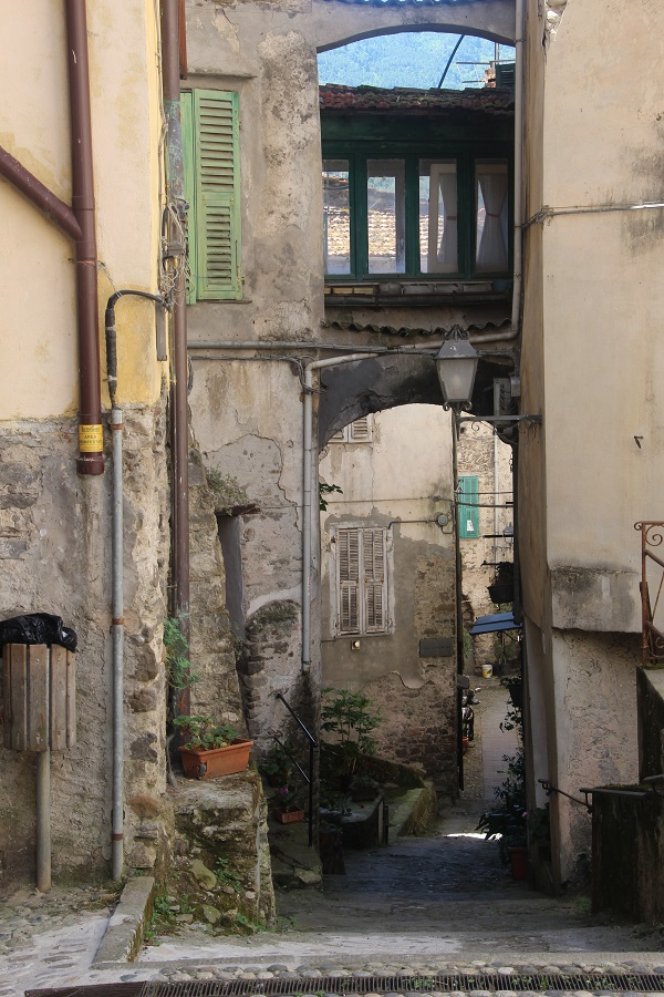 Pigna-Liguria-Holiday-Homes (17)
