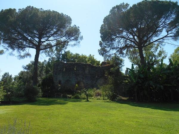Giardino-La-Ninfa-Lazio-tuin-4