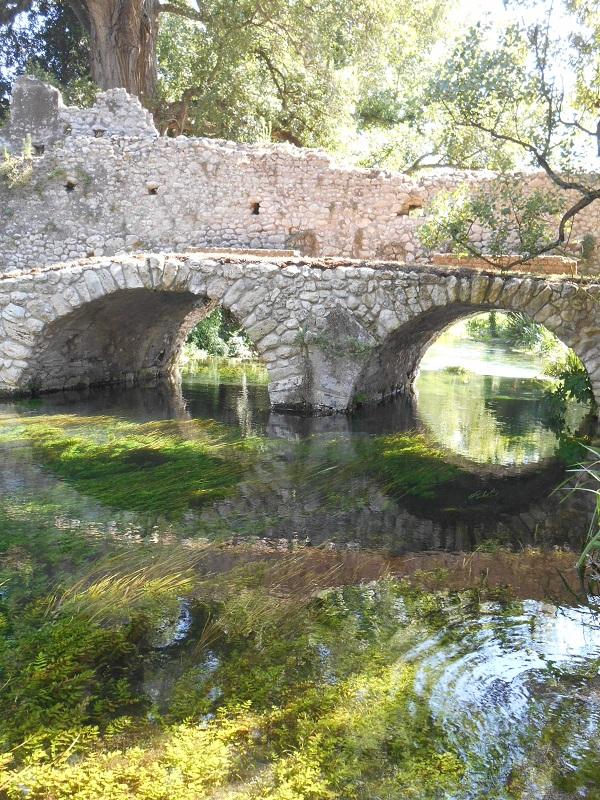 Giardino-La-Ninfa-Lazio-tuin-5