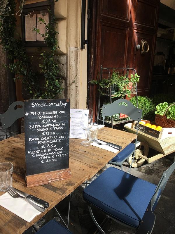 Hosteria-del-Mercato-Rome (2)