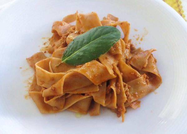 kastanje-pasta-ragu-recept