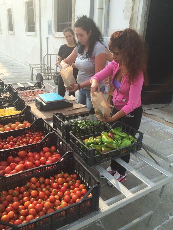 Le-Convertite-markt-Giudecca-Venetie (6)