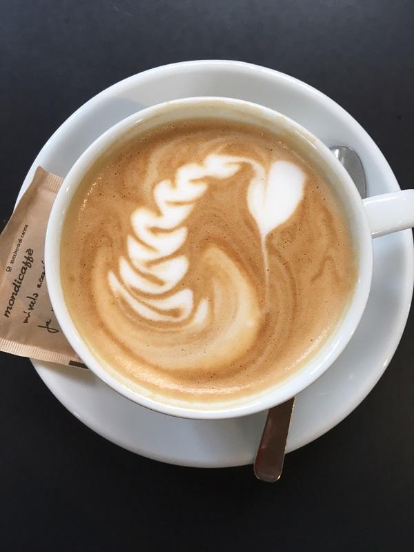 cappuccino-mercato-centrale-termini-rome