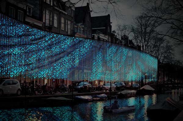 impressie-amsterdam-light-festival-lightwaves-benthem-crouwel-architects-jolan-van-der-wiel
