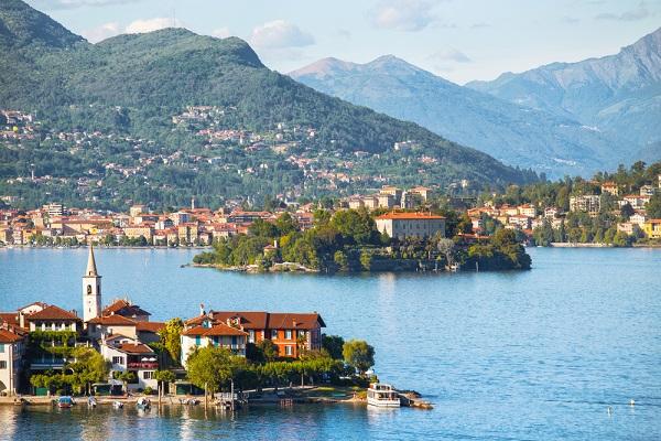lago-maggiore-stresa-uitzicht