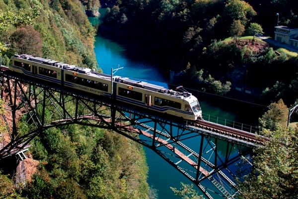 treno-centovalli-vigezzina-piemonte-2
