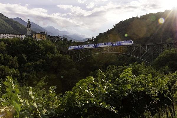 treno-centovalli-vigezzina-piemonte-3