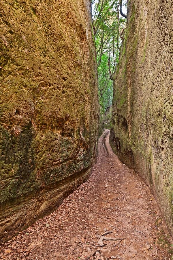 via-cava-fratenuti-etrusken-pitigliano-toscane