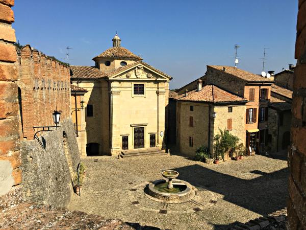 vigoleno-kasteel-18