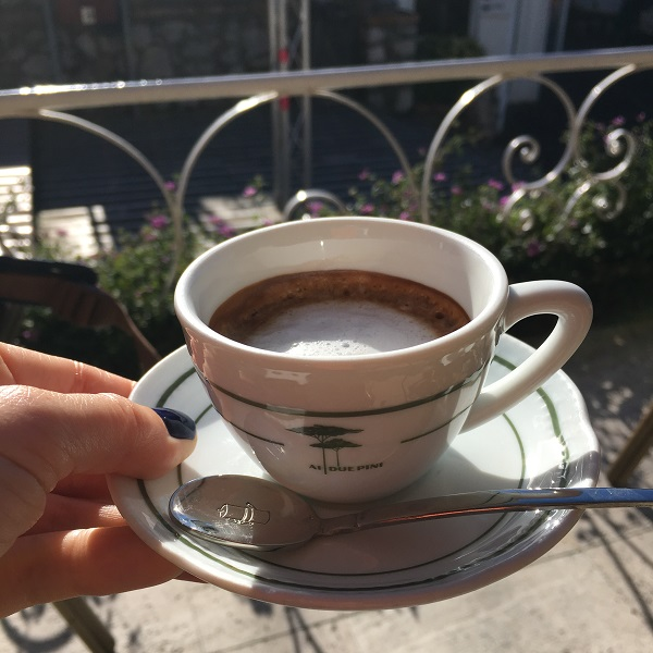 anacapri-ai-due-pini-koffie