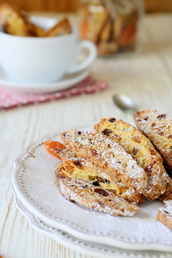 Biscotti on a plate and in a jar