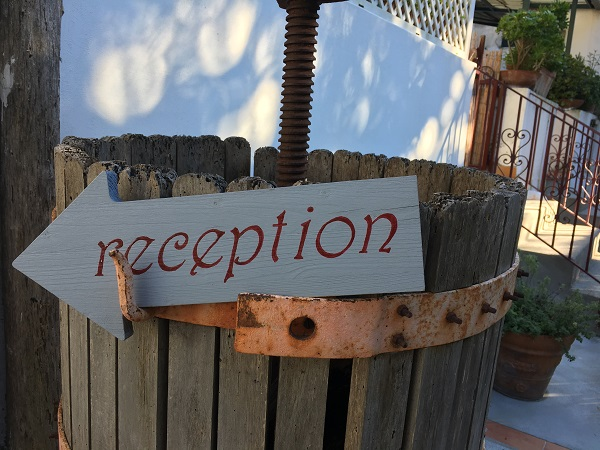 capri-wine-hotel-receptie