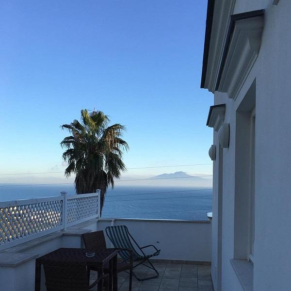 capri-wine-hotel-uitzicht