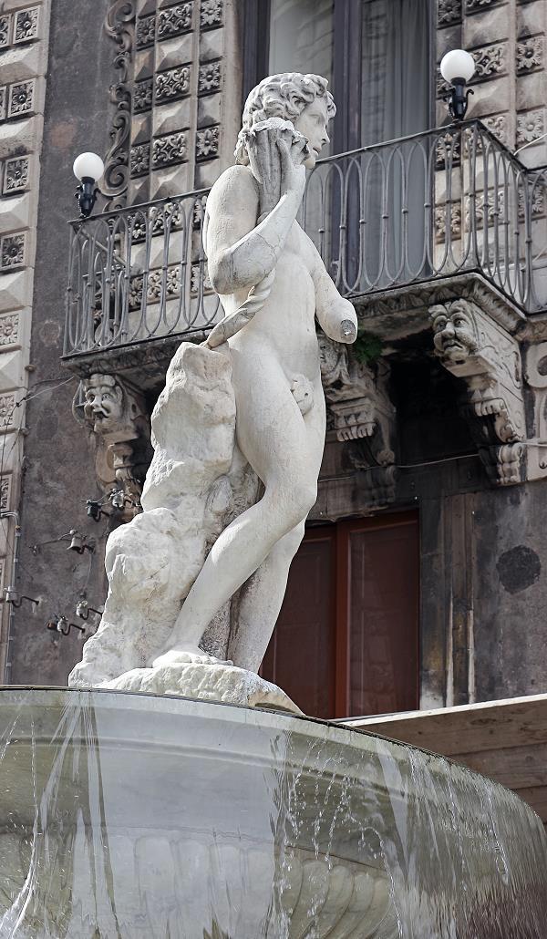 catania-fontein-piazza-duomo