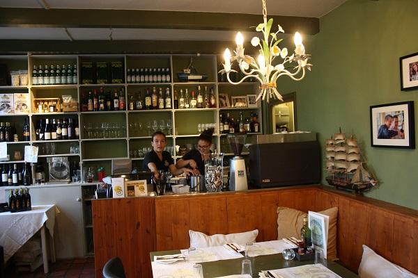 restaurant-mario-neck-13a