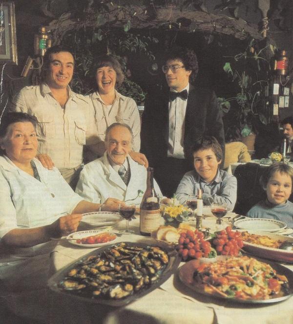 restaurant-mario-neck-5