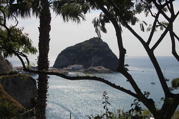 vespa-tocht-verrassend-eiland-ischia-6