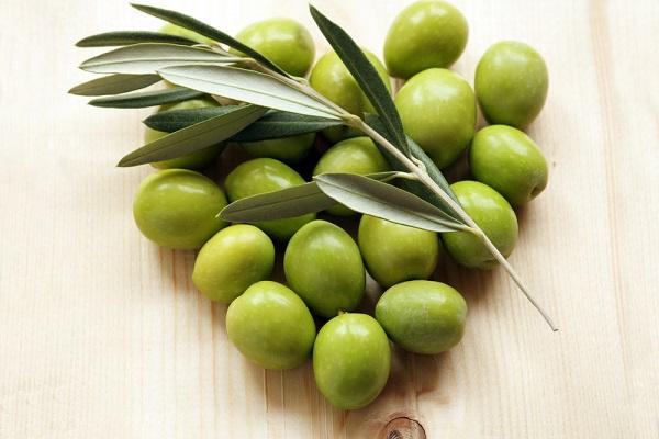 olijfolie-olijven-huid