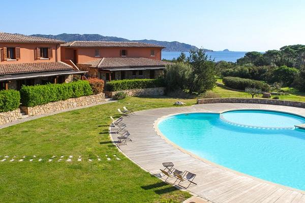 suaraccia-resort-tritt-sardinie