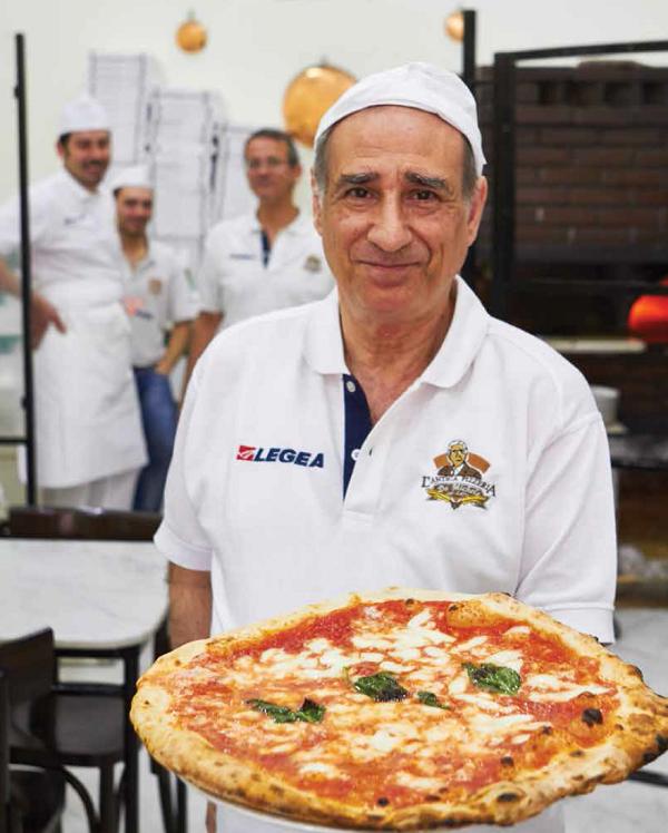 Win de pizza elementen met pizzageheimen uit napels for En 3 pizzas te olvido