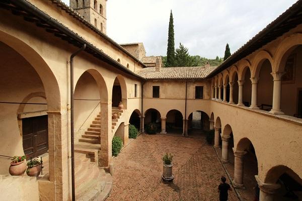 Abbazia-Ferentillo-abdij-Umbrië (14)
