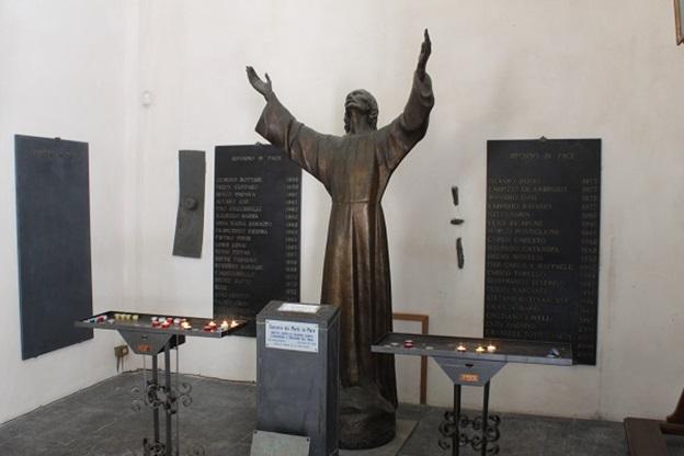 Abbazia-San-Fruttuoso-Ligurië-8-Chritusbeeld