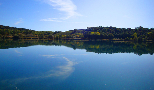 Accesa-meer-Toscane