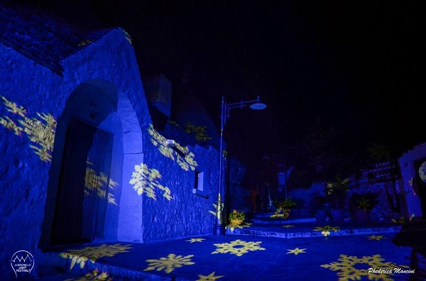 Alberobello-Light-Festival-2015 (1)