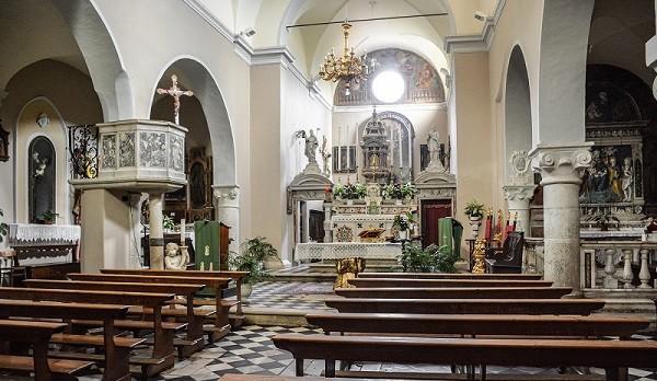 Antona-kerk-San-Gemignano