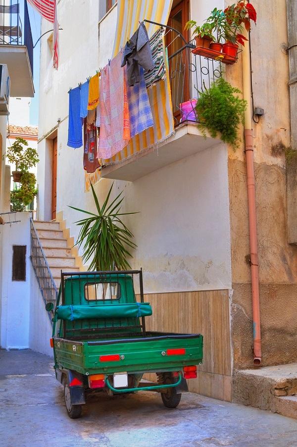 Alleyway. Rodi Garganico. Puglia. Italy.