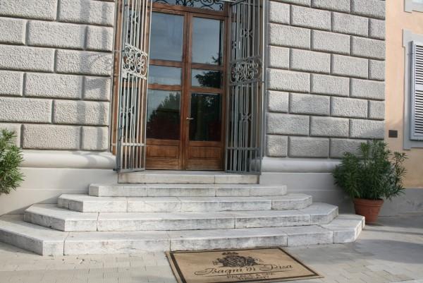 Bagni-di-Pisa-Palace (4)