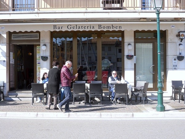 Bar-Bomben-Grado