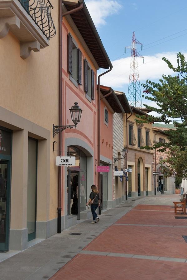 Barberino-Designer-Outlet-Mugello-Florence-Toscane (2)