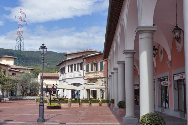 Barberino-Designer-Outlet-Mugello-Florence-Toscane (3)