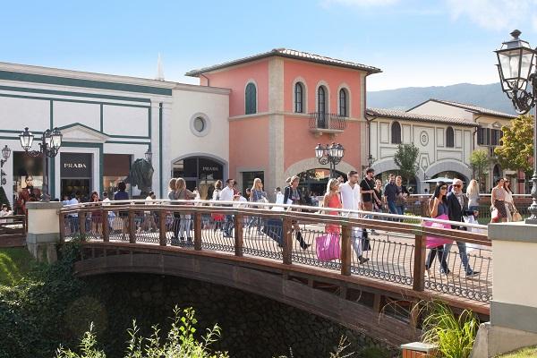 Barberino-Designer-Outlet-Mugello-Florence-Toscane (6)
