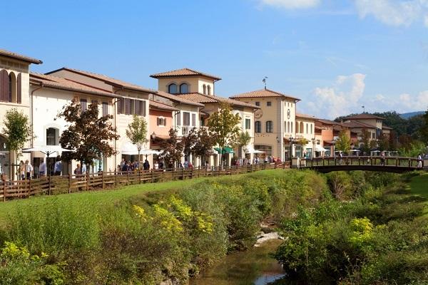 Barberino-Designer-Outlet-Mugello-Florence-Toscane (7)