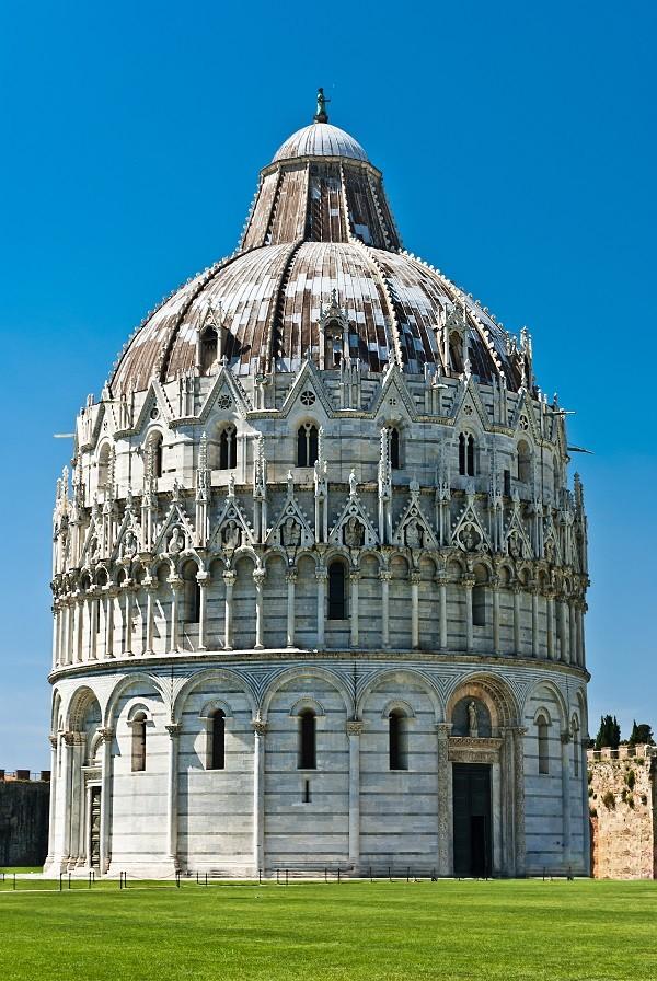 Battistero-doopkapel-Campo-dei-Miracoli-Pisa