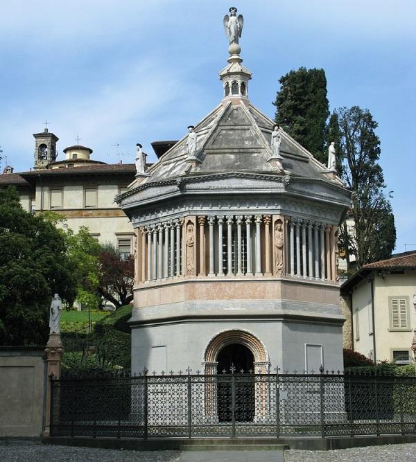 Bergamo-battistero-Santa-Maria-Maggiore
