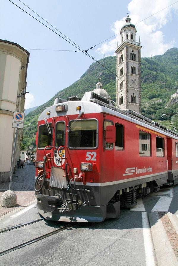 Bernina-Express-Zwitserland-Italië-trein (5)
